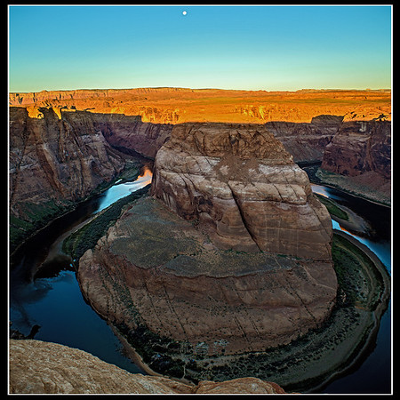Moonset, Horseshoe Bend